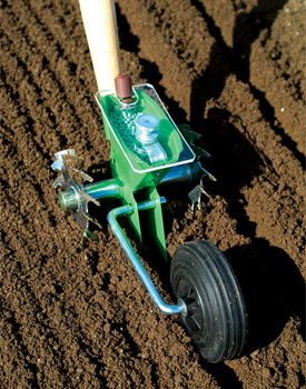 The Glaser is an adaptable, easy-to-use seeder