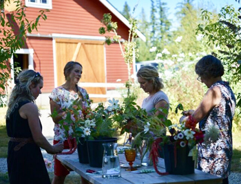 Willow & Mabel floral design workshop, hosted by Carolyn Thompson & Kelly Welk.