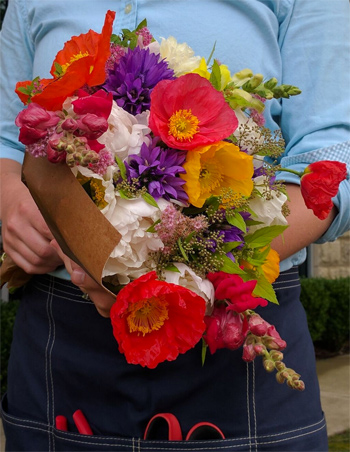Bluegreen Gardens' bouquets are tailored to match the market.