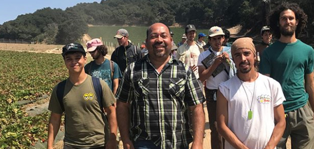 Javier Zamora hosts students from the UC Santa Cruz Apprenticeship program