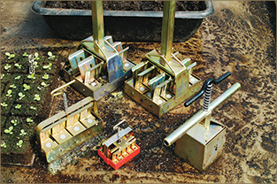 Soil-Block Makers are easy to use and produce more resilient, vigorous seedlings